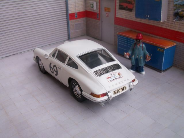 Porsche 911S 1965, kit ARII 911-garage-02