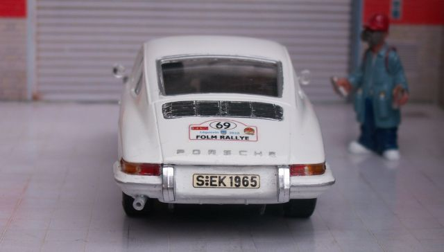 Porsche 911S 1965, kit ARII 911-garage-04