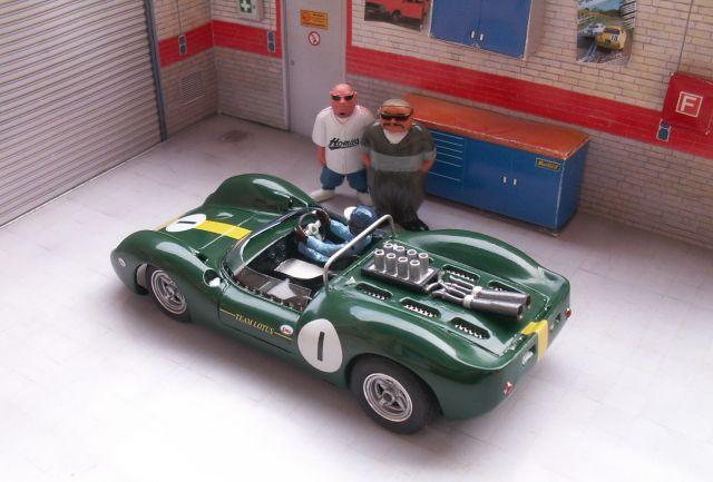 Cheetarzach31 MK II, la voiture du Tour de France 2012 Lotus40-tdf2012-02